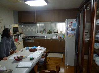 キッチンの収納を増やしたとの事でした