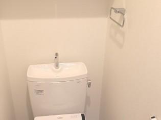 水回り設備としてTOTOピュアレストを使用