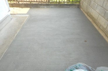 駐車場土間コンクリート打ち後