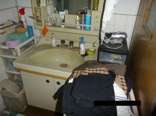 洗面台を入れ替える前